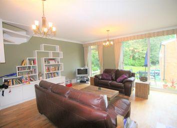 3 bed maisonette to rent in Ross Court, Lubbock Road, Chislehurst BR7