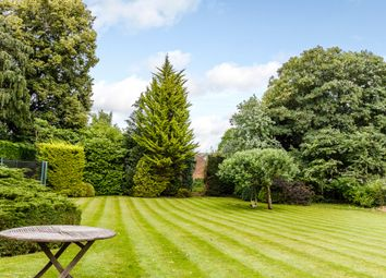 Thumbnail 3 bedroom property for sale in Hop Gardens, Henley-On-Thames