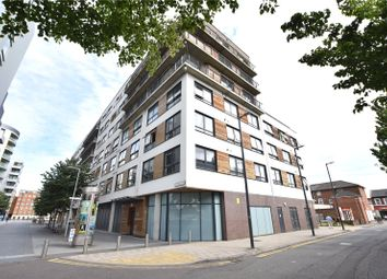 Thumbnail 2 bedroom flat for sale in Mayer House, Chatham Place, Reading, Berkshire