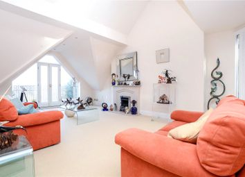 3 bed flat to rent in Heald Court, Hawthorn Lane, Wilmslow, Cheshire SK9
