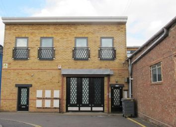 1 bed flat to rent in Brunner Road, Walthamstow, London E17