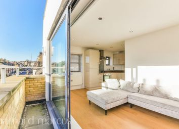 Thumbnail 1 bed flat to rent in Newlands Park, London