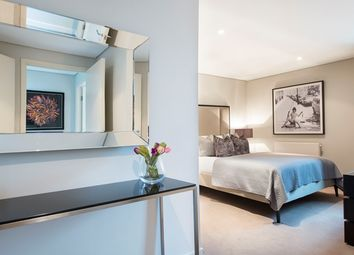 Thumbnail 3 bedroom flat to rent in Merchant Square East, London