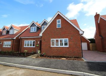 3 bed detached house for sale in Walnut Close, Blunham, Bedford MK44