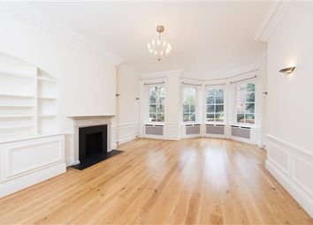 Thumbnail 4 bed flat to rent in Cadogan Square, Knightsbridge