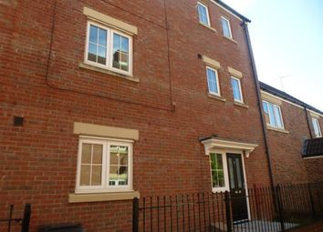 Thumbnail 5 bed property to rent in Delft Crescent, Swindon