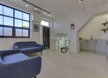 Thumbnail 1 bed flat for sale in King Street Mews, East Finchley, London