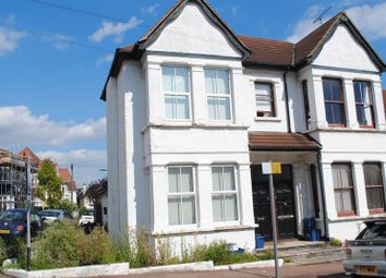 Thumbnail 1 bed flat for sale in Hillside Crescent, Leigh-On-Sea