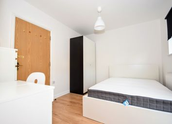 Room to rent in Flint Close, London E15