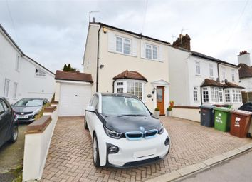 Thumbnail 3 bed cottage for sale in Merry Hill Road, Bushey