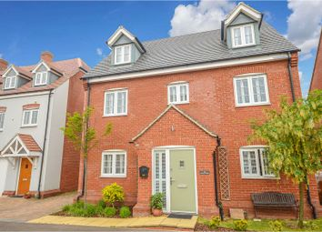 5 bed detached house for sale in Woodpecker Gardens, Bedford MK42