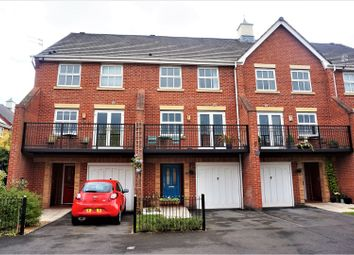 Thumbnail 3 bedroom town house for sale in Woodgate Road, Manchester