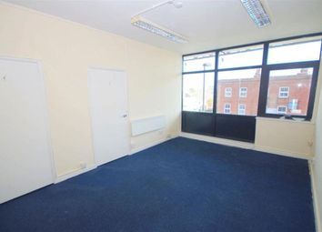 Thumbnail 3 bed flat to rent in Regents Park Road, Finchley Central