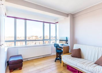 Thumbnail 2 bed flat for sale in The Avenue, Bedford Park