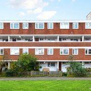 3 bed maisonette for sale in Surrey Lane, Battersea SW11