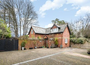Thumbnail 2 bed detached house for sale in Lansdowne Road, Bromley