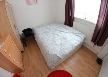 Thumbnail 4 bed shared accommodation to rent in Kerscott House, Bromley By Bow