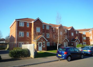 Thumbnail 1 bedroom flat to rent in Woodfield Road, Thames Ditton