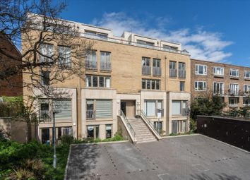 Thurlow Park Road, London SE21. 3 bed flat for sale