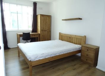 Thumbnail Property to rent in Pennyfields, London