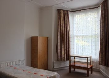 Thumbnail Room to rent in Manor Road, Stoke Newington, London