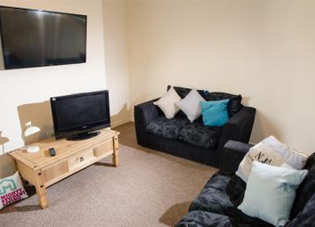 Thumbnail 4 bed property to rent in Newsham Place, Lancaster