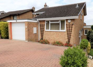 Thumbnail 4 bedroom detached house for sale in Helmsdale, Swindon