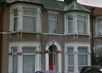 Thumbnail 1 bed flat to rent in Albert Road, Ilford