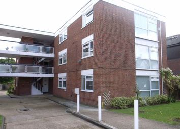 Thumbnail 3 bed flat to rent in Chingford Avenue, London, Chingford