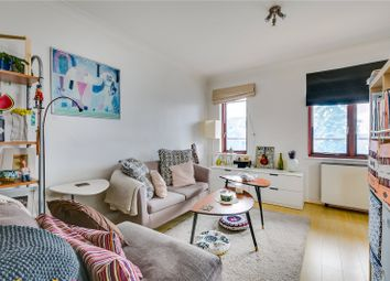 Thumbnail Studio to rent in Windsor Court, Ranelagh Gardens, London