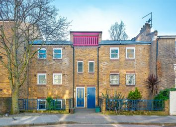 Thumbnail 1 bedroom flat for sale in Rotherfield Street, London