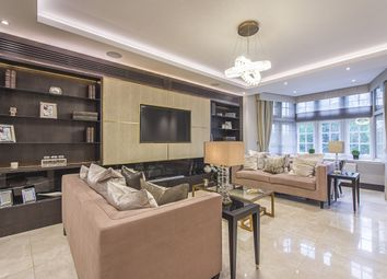 Thumbnail 4 bed flat to rent in Knightsbridge, London