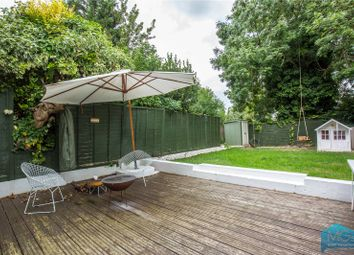 Thumbnail 3 bedroom flat for sale in Crescent Road, Finchley, London