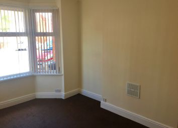 Thumbnail 3 bed town house to rent in Uppingham Road, Leicester