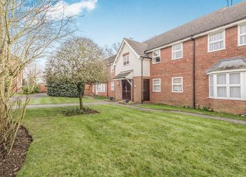 Thumbnail 2 bedroom flat to rent in Dunsters Mead, Welwyn Garden City