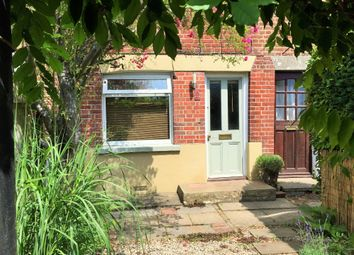 Thumbnail 2 bed cottage to rent in Pitmore Road, Eastleigh