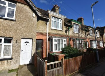 Thumbnail 2 bed property to rent in Station Road, Paddock Wood, Tonbridge