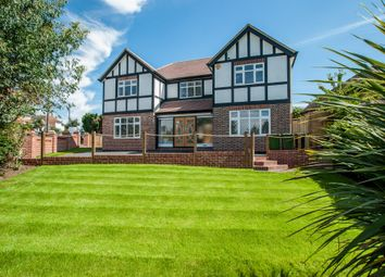 Thumbnail 4 bed detached house for sale in Wimborne Grove, Watford