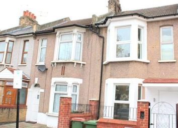 Thumbnail 4 bed town house to rent in East Ham, London