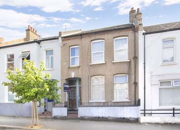 4 bed flat for sale in Cowthorpe Road, London SW8