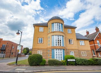 Thumbnail 2 bed flat to rent in Newland Gardens, Hertfford, Herts