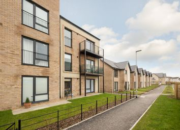 Thumbnail 2 bed flat for sale in 17 Dimma Park, South Queensferry