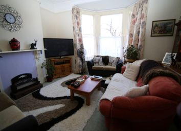 Thumbnail 1 bed flat to rent in Old Road, Tiverton