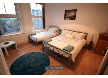 Thumbnail 4 bed flat to rent in Pentonville Road, London