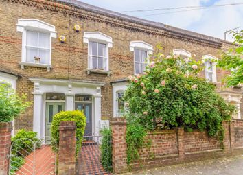 Thumbnail 2 bed property to rent in Chatterton Road, Arsenal