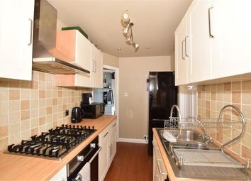 2 bed maisonette for sale in Coulsdon Road, Caterham, Surrey CR3