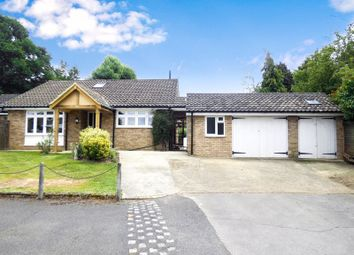 Browning Road, Fetcham, Leatherhead KT22. 5 bed detached house