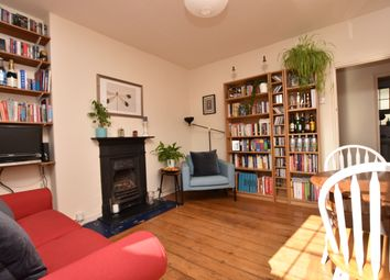 Thumbnail 2 bed flat to rent in Roan Street, London
