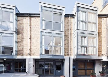 Thumbnail 2 bedroom mews house to rent in Isabella Mews, Balls Pond Road, London