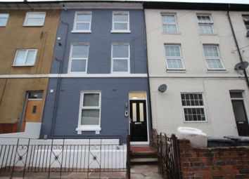 Thumbnail 1 bed flat to rent in Zinzan Street, Reading